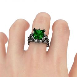 Jeulia Black Tone Princess Cut Created Emerald  Four Skull Ring