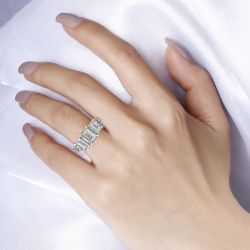 Jeulia Three Stone Emerald Cut Sterling Silver Snake Ring